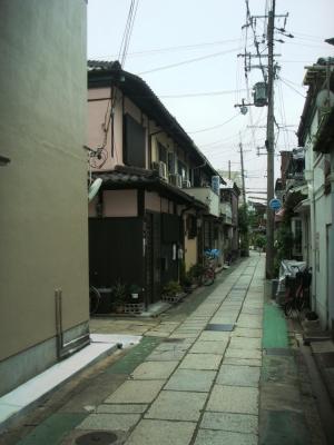 石畳の路地