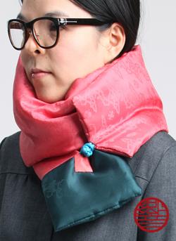 マフラー Silk pink+green寄り