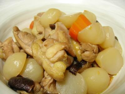 タマコンニャクの煮物