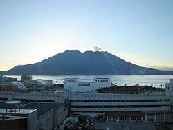 午前6時の桜島