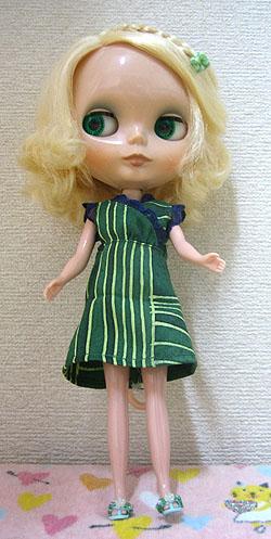 初・人形服