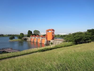 東京都北区 岩淵水門(赤門)