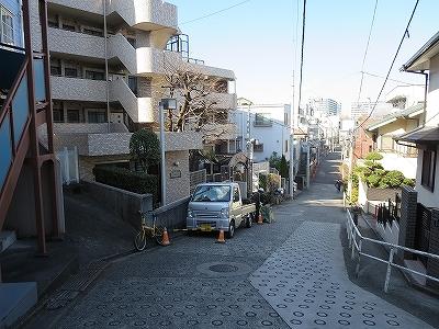 東京都北区 三日月坂