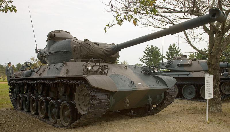 800px-Japanese_Type_61_tank_-_1.jpg