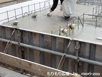 もりもり広場 基礎断熱、防湿シート施工完了7.jpg