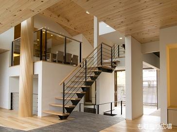 もりもり広場木曾ひのきの家もりぞう階段がアクセントになる家デザインIMGP4079.jpg