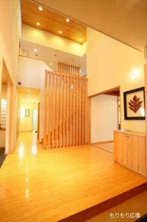 吹き抜け玄関イメージもりぞう木曽モデルハウス.JPG