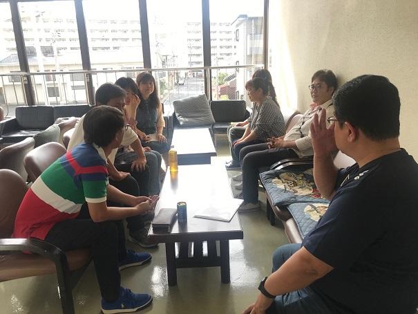 1 meeting.jpg
