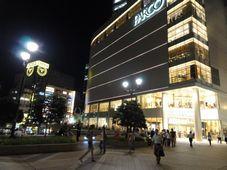 夜の仙台駅前パルコ