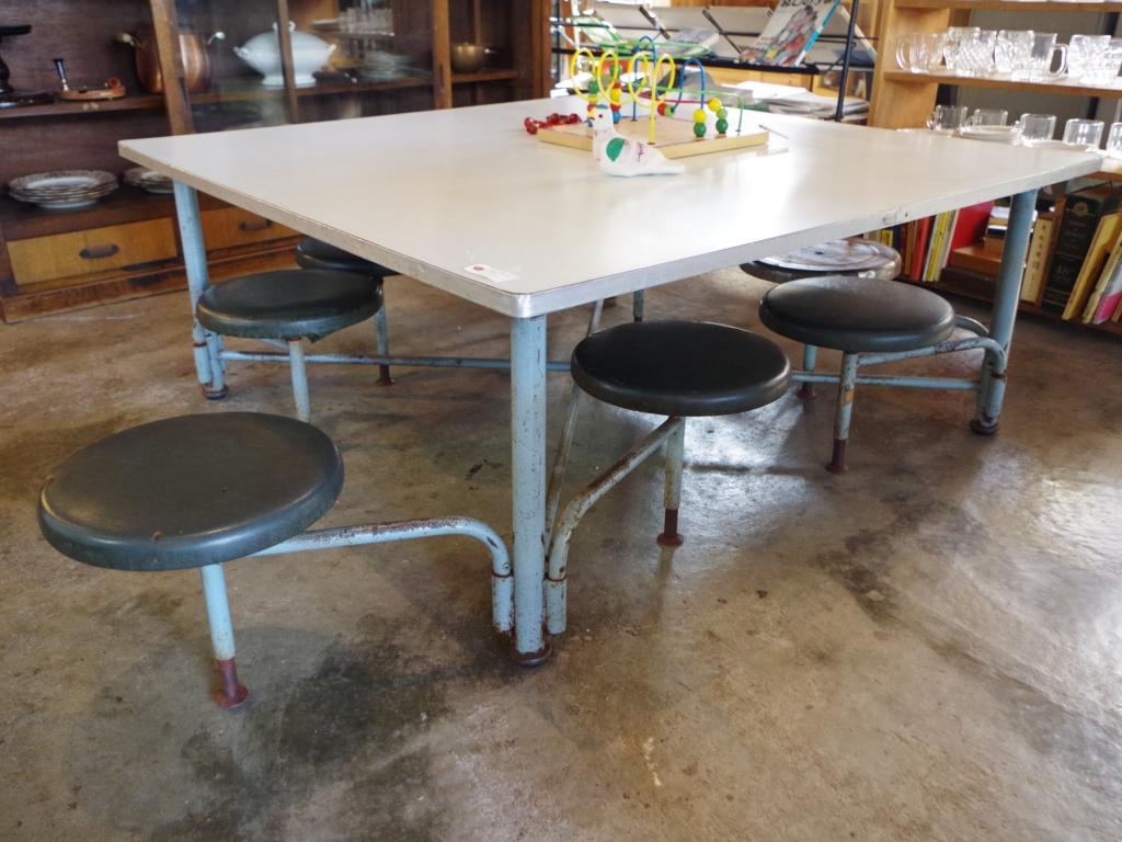 6人掛けテーブル