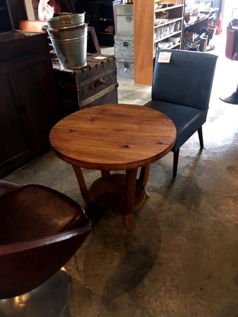 木の丸テーブル