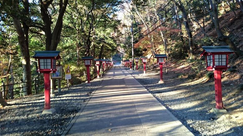 高尾山 赤灯篭