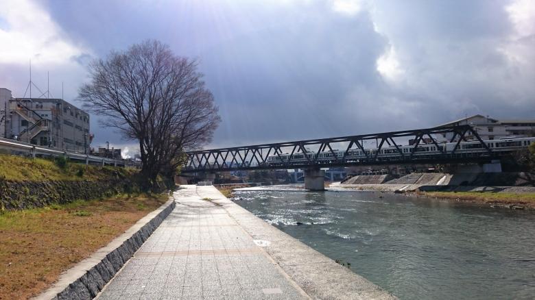 奈良線 鴨川