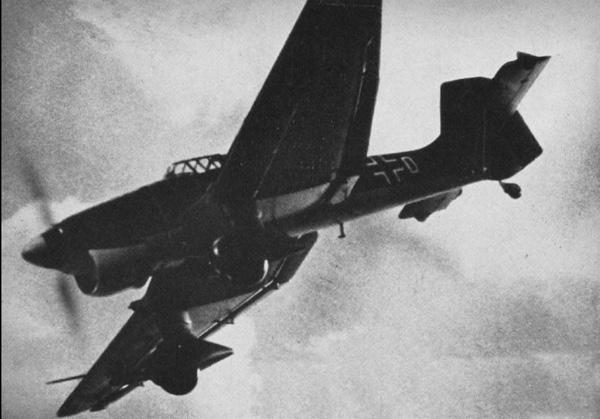 出典Wikipedia:Ju 87 (航空機)