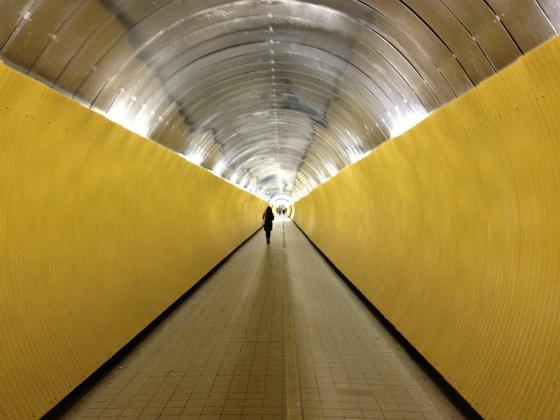 美しいデザインのストックホルムのトンネル通路