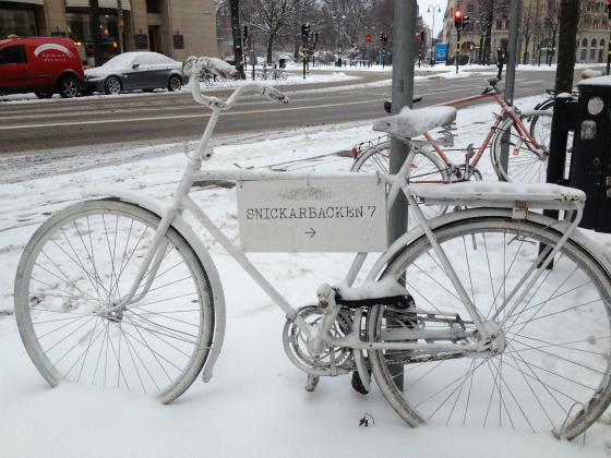 ストックホルムは結構雪が積もっています。