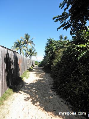 2ラニカイビーチへの抜け道