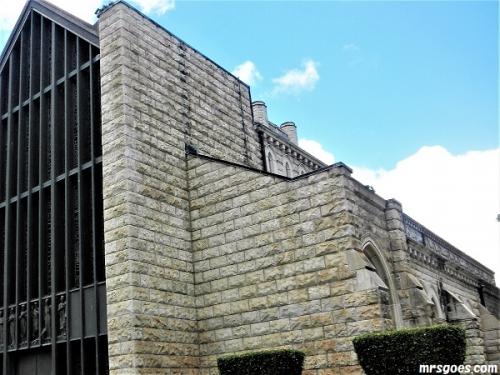 93聖アンドリュース教会外観 (3)