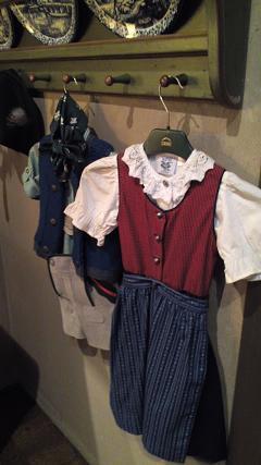 オーストリア民族衣装2
