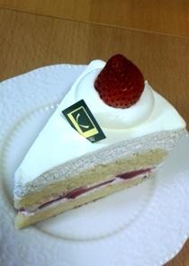 クニヒロのショートケーキ