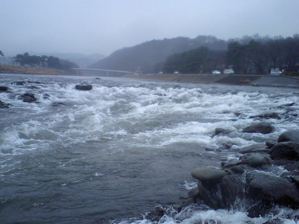 相模川の激流