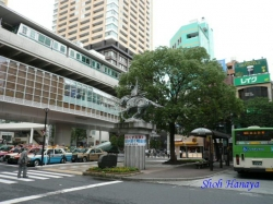 太田道灌像・日暮里駅前1