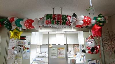院内クリスマスバルーン装飾」