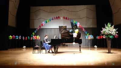 ピアノ発表会バルーン装飾 発表会バルーン 舞台装飾