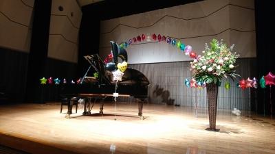 バルーン装飾 ピアノ発表会 舞台装飾バルーン