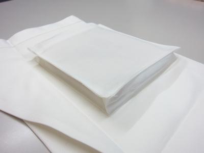 ミドルダンガリーエプロンホワイトのポケット