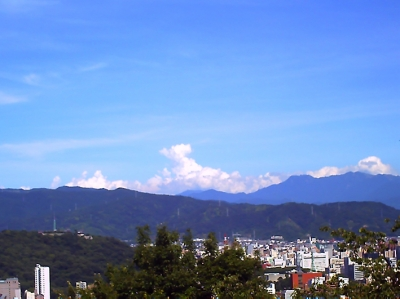 松山総合公園頂上から
