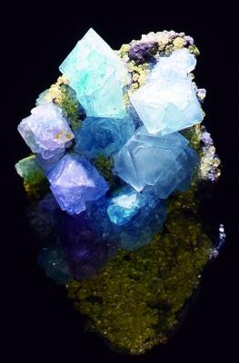 小林健二作結晶