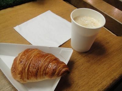 パリでの初食事
