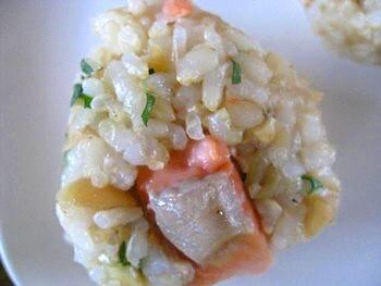 小松菜玄米おにぎり鮭4