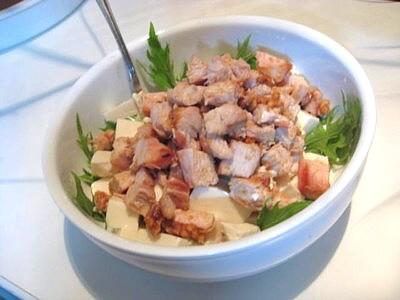 グリルチキン豆腐サラダ