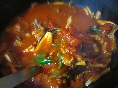 キノコ2種とチキンのトマト煮 (13).JPG