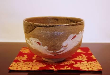 うさぎの絵茶碗