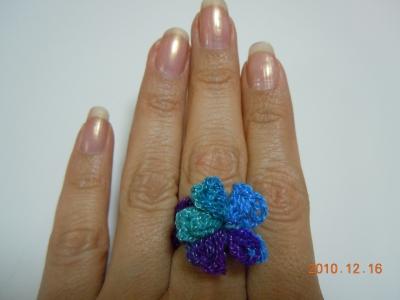 メキシコ毛糸のリング(Anillo con flor)