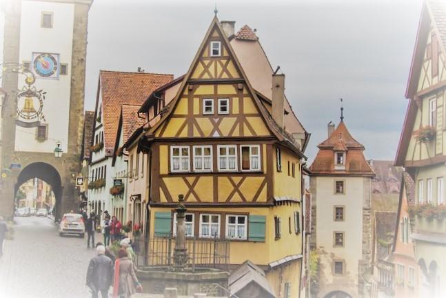 ドイツ三角屋根
