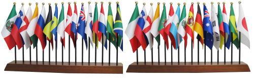 サッカーワールドカップ出場32カ国 ミニ国旗セット