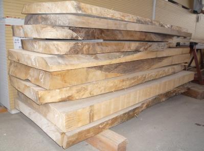 栓の木 台所カウンター 加工前