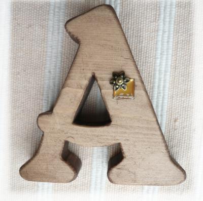 アルファベット A