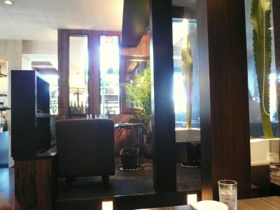 5feet cafes 店内2