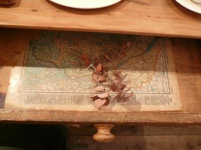 voyage テーブルの引き出し