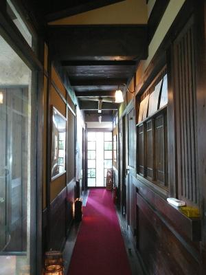 とんぼ 廊下