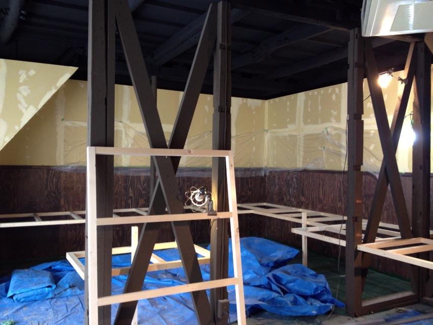 青果店舗 平台 木工製作