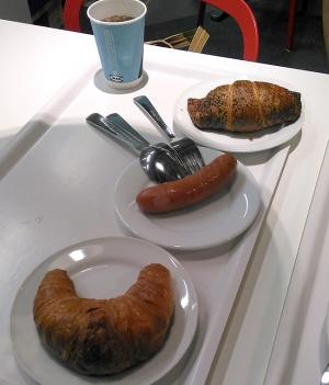 IKEAで昼食〜サイドディッシュも美味しい!