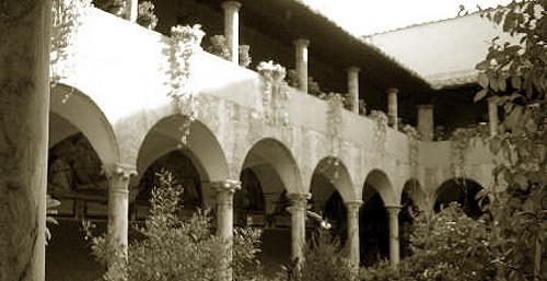 オノフリオ修道院回廊