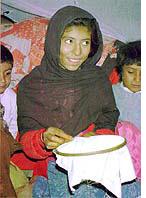 アフガニスタンの失われた刺繍_絵はがき01.jpg