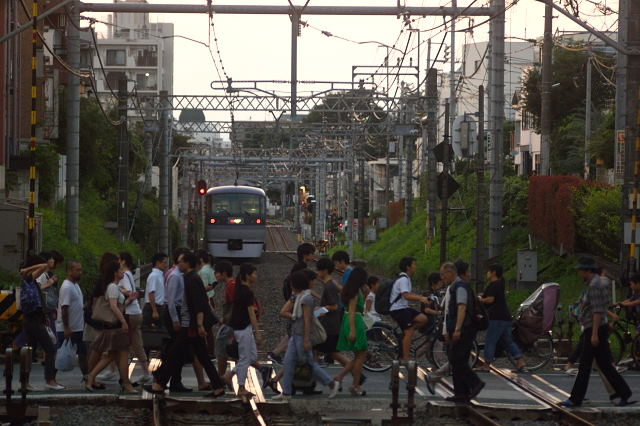 西武新宿線、2016.8.5、新井薬師前